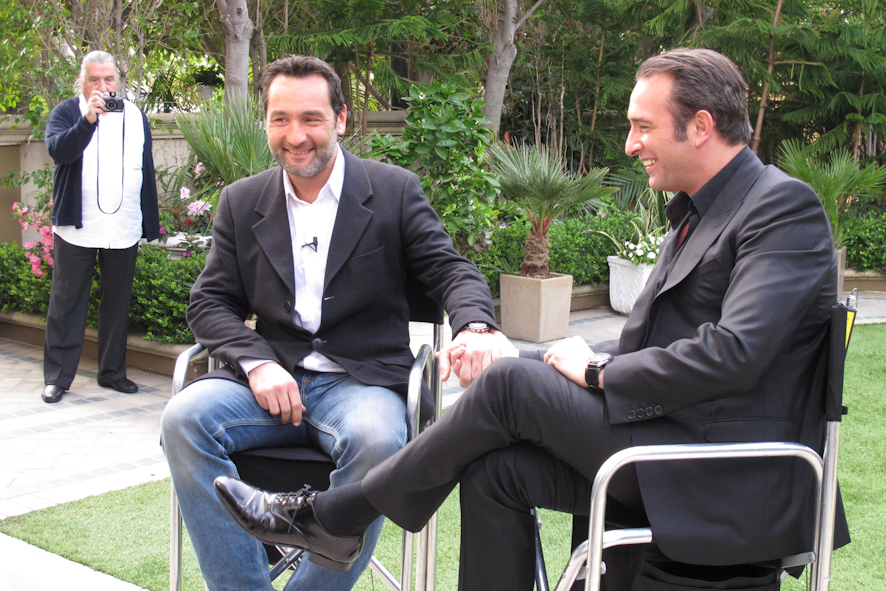 Photo jean dujardin et hugues vassal sur le plateau de for Dujardin hugues