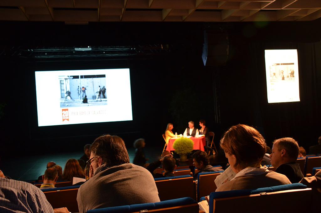 Délibération du jury sous la présidence de James Nachtwey (c) Geneviève Delalot