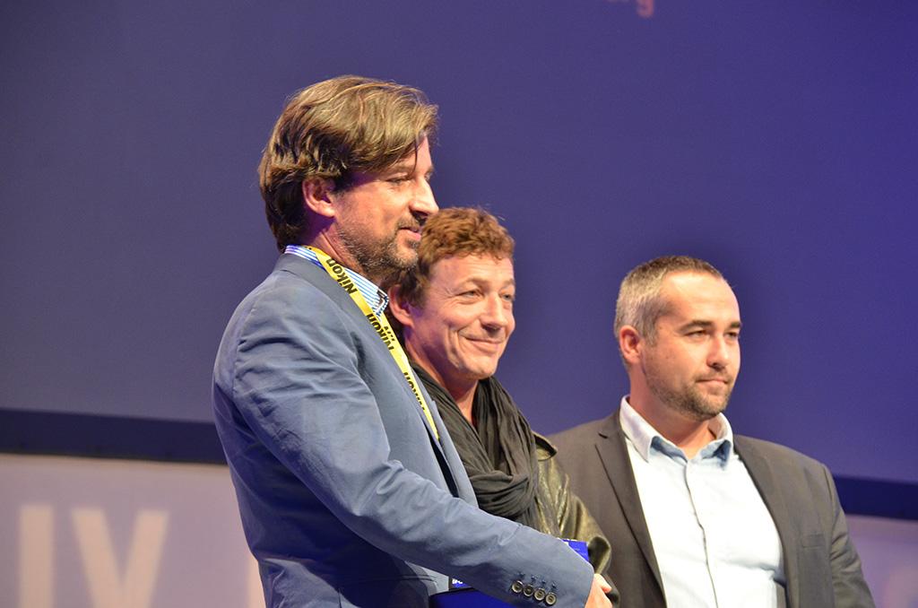Jean-Philippe Rémy et Laurent van der Stockt recoivent le Prix Web journalisme parrainé par Nikon. (c) Geneviève Delalot