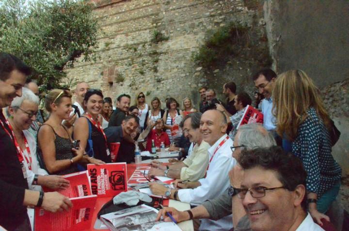 """Signature du livre """"Génération Sipa"""" à Visa pour l'image 2012"""