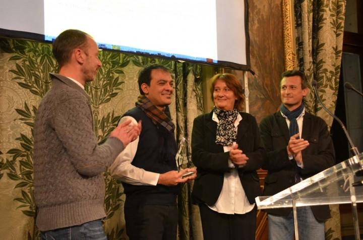 Pierre Meunier (Association Lucas Dolega), Majid Saeedi lauréat, Beatrice Tupin (Nouvel Obs) et Guillaume Cuvellier (Nikon) à l'Hotel de Ville de Paris (c) Geneviève Delalot