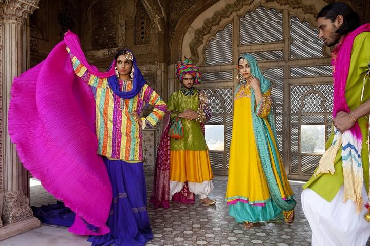 Fashion in Pakistan (c) Sarah Caron
