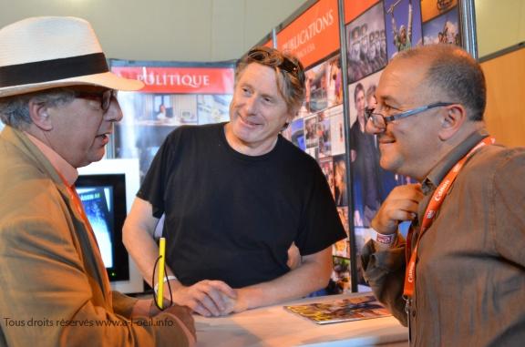 François Lochon (Gamma-Rapho) et Jean-Michel Psaila (Abaca) en conversation avec Michel Puech à Perpignan © Geneviève Delalot