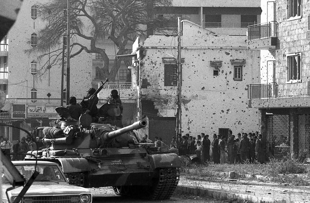 Beyrouth entrée forces syriennes nov 1976