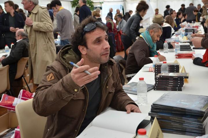 William Daniels signe son livre à Bayeux (c) Geneviève Delalot