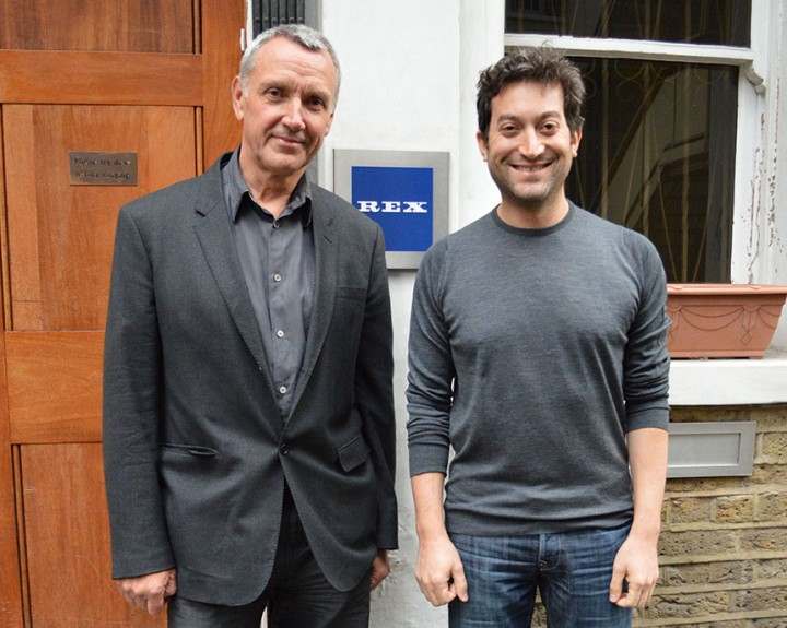 Londre 15 janvier 2015,  Jon Oringer de ShutterStock et Larry Lawson de Rex posent devant l'agence Rex © Ned Wiggins / REX