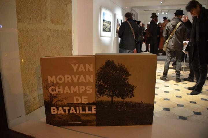 Paris le 9 nov 2015, Vernissage de l'exposition Champs de bataille de Yan Morvan et sortie du livre du même titre aux Editions Photosynthèse